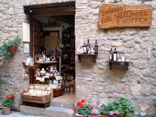 Enoteca (wine store) in Pienza.