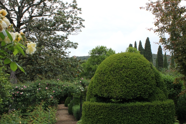 """Going around the left side of the villa the first garden we come to is the so-called """"English Rose Garden"""