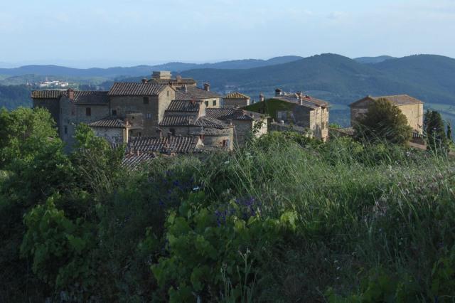 Volpaia. A medieval hamlet.