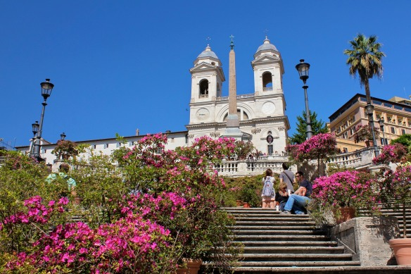 In May potted azaleas are set out along the Spanish Steps.