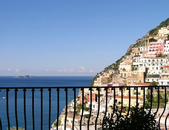A room with a view in Positano.