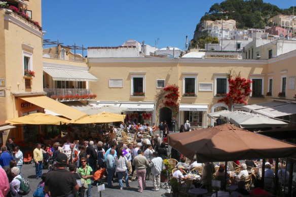 Piazza Umberto I, aka 'la Piazzetta' is the hub os social life in Capri.