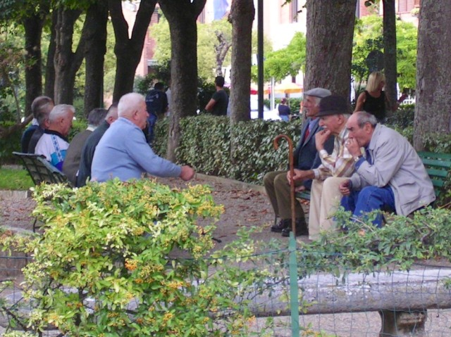 Old friends in the piazza just outside my favourite entrance point.