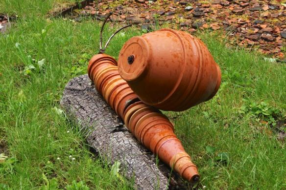 ...or maybe the Famille Pot de fleurs (Flower Pot Family).