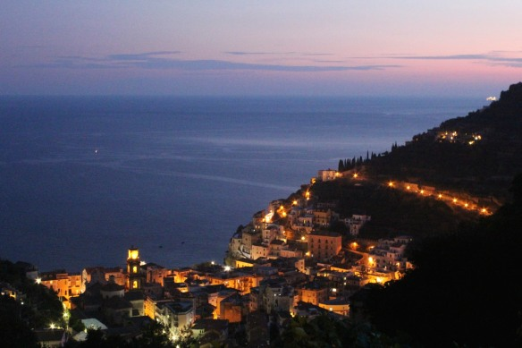 The sun is still strong in October but darkness falls quickly and surprisingly early - around 7:00 pm in Minori.