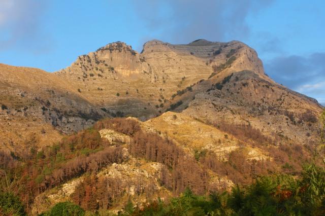 Lattari Mountains near la Ginestra.