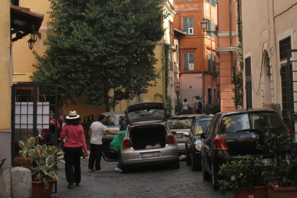 Pazienza is a much-practiced virtue in these narrow alleys.