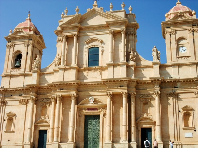 The cathedral of Noto.  For a town of under 24,000, there was a remarkable number of these Baroque churches.